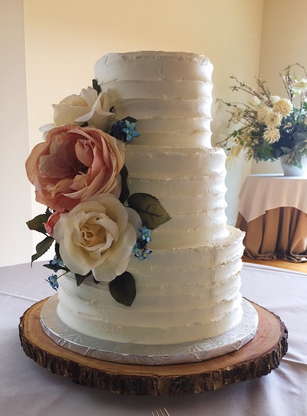 Three tier with silk floral