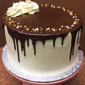 Vanilla Bean Drip Cake