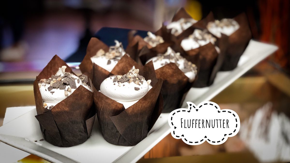 image of Fluffernutter cupcakes