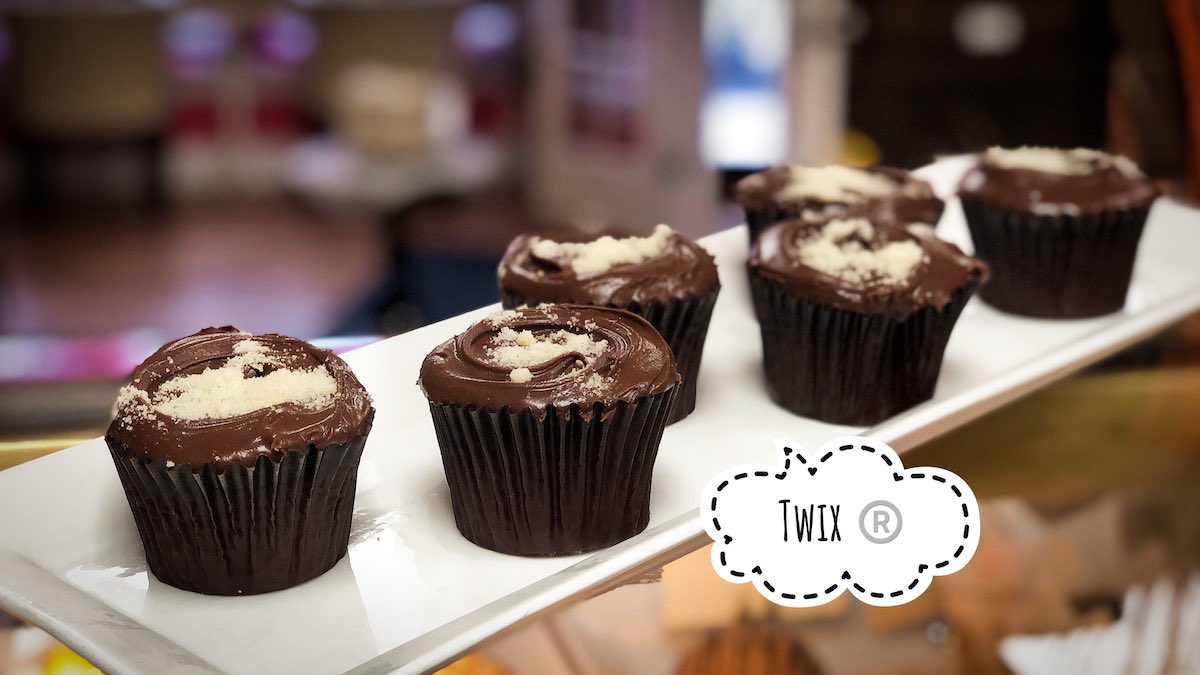 image of The Twix cupcakes